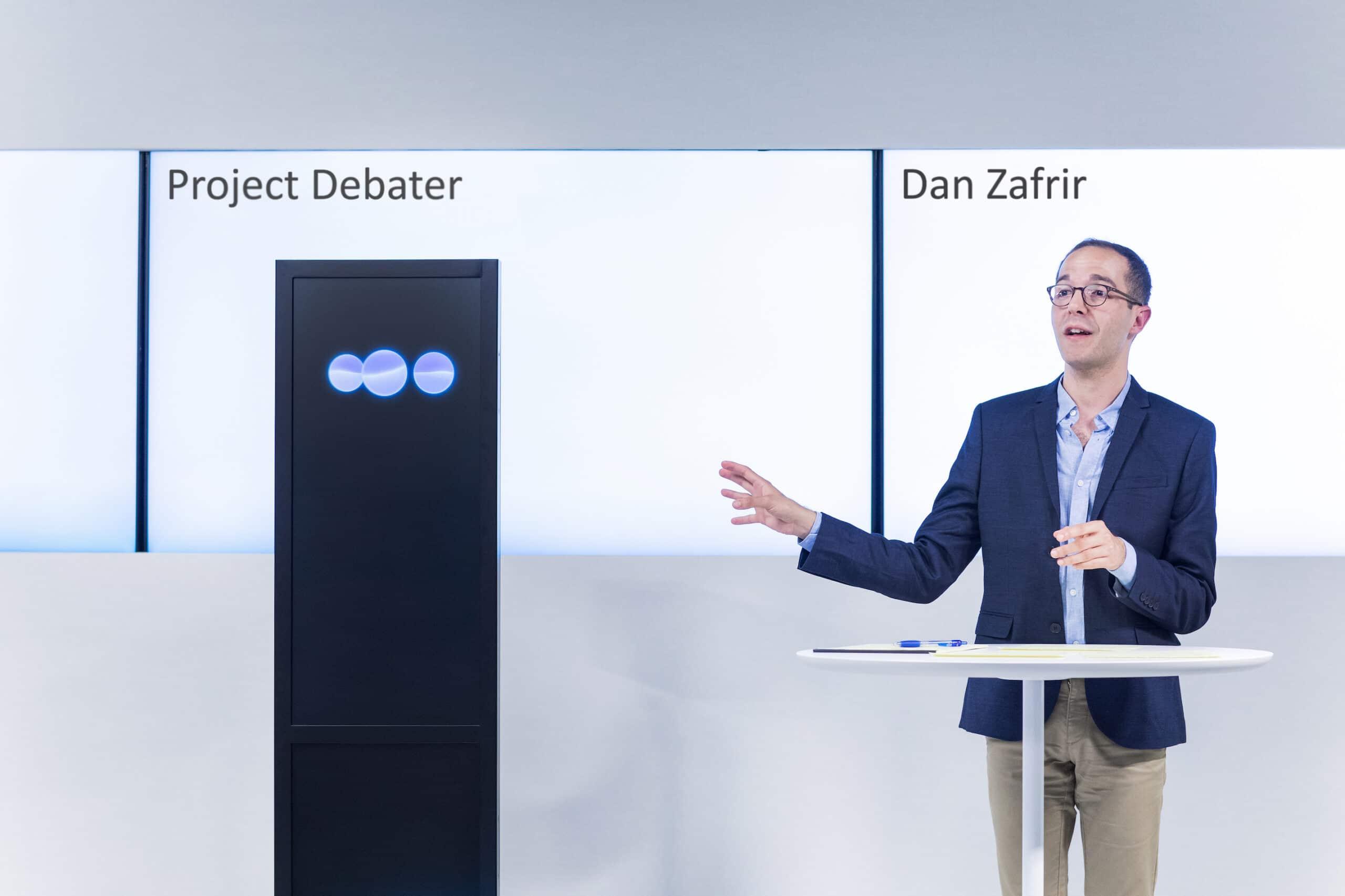 IBM'den Tartışma Uzmanı Yapay Zeka Projesi